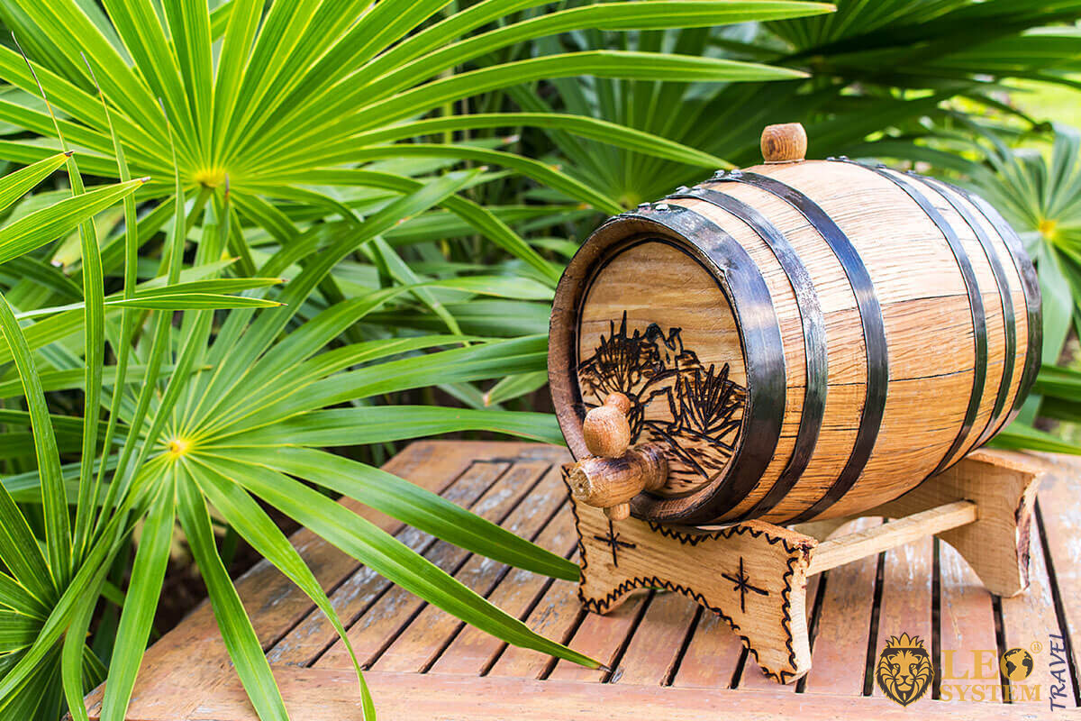 Image of a barrel of rum