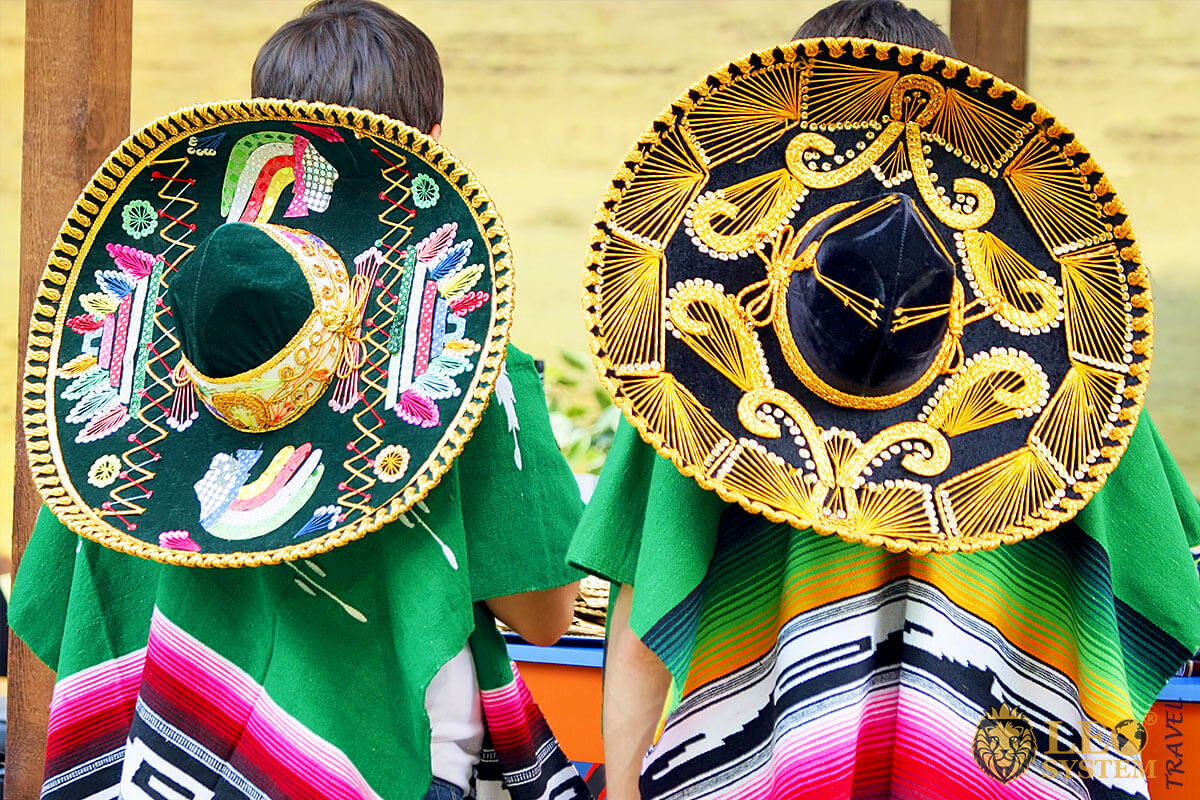 Mexican National Outfits - Sombrero