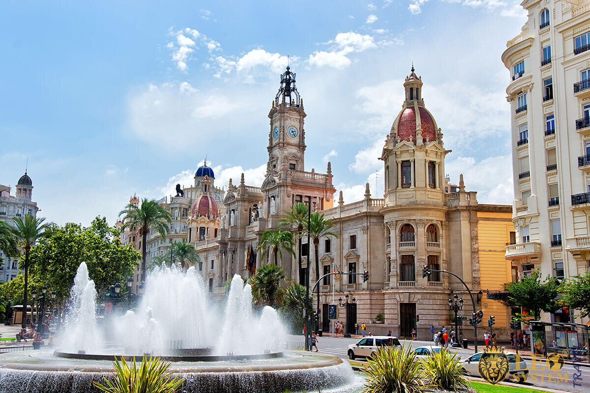 Square with fountain in Valencia, Spain