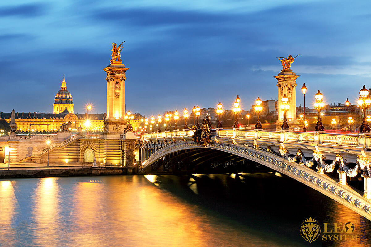 Image of Paris bridge Pont Alexandre III and Seine river