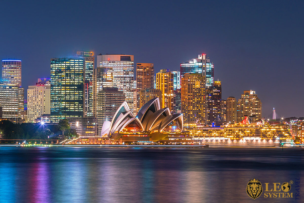 Sydney Opera House - Arts Centre in the City of Sydney, Australia