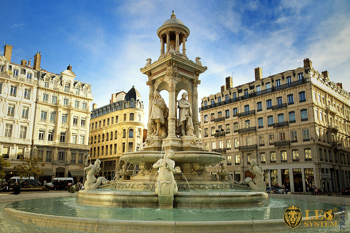Fountain at Jacobins place in Lyon, France