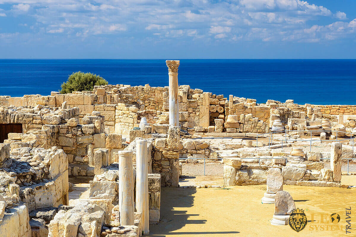 Image of the Kourion – a complex of ancient Roman and Byzantine ruins