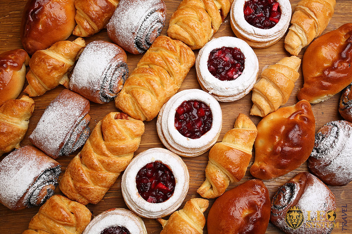Image of various buns with cream