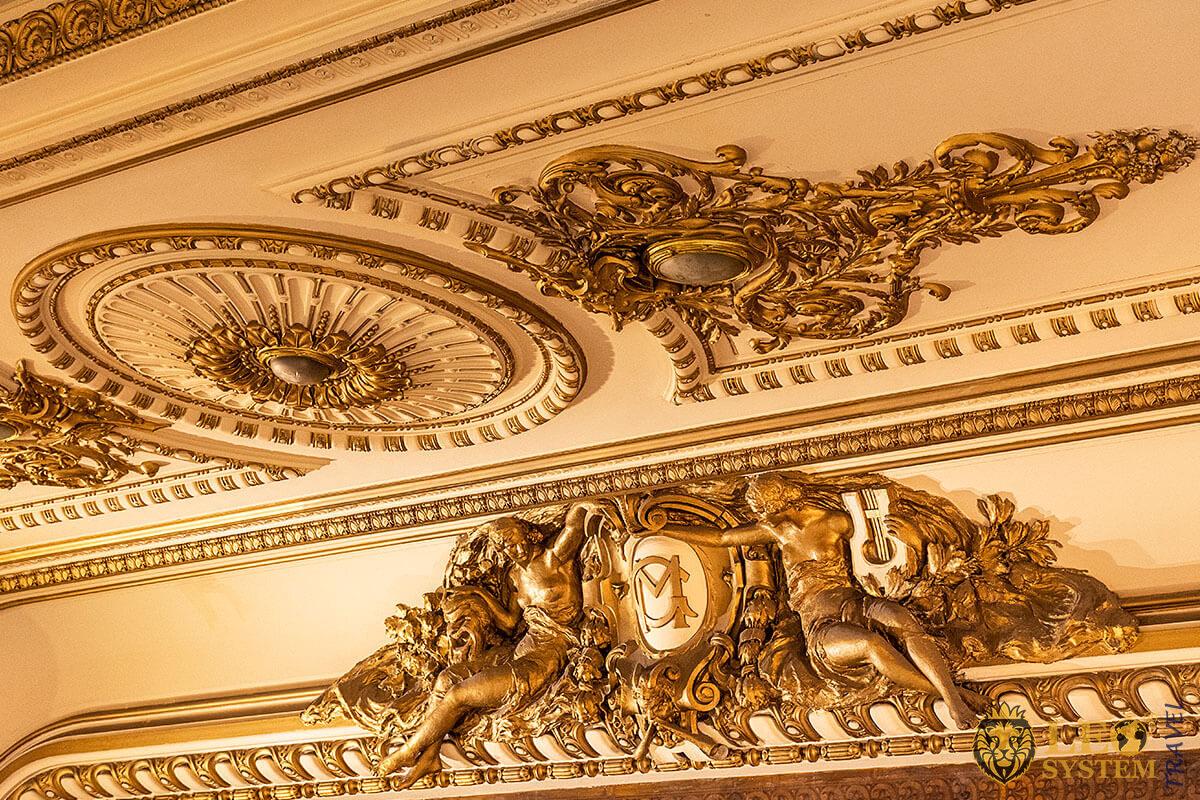 Original magnificent fresco ceiling, El Ateneo Grand Splendid, Buenos Aires
