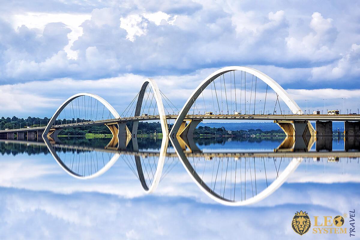 Image of bridges in Brasilia, capital of Brazil
