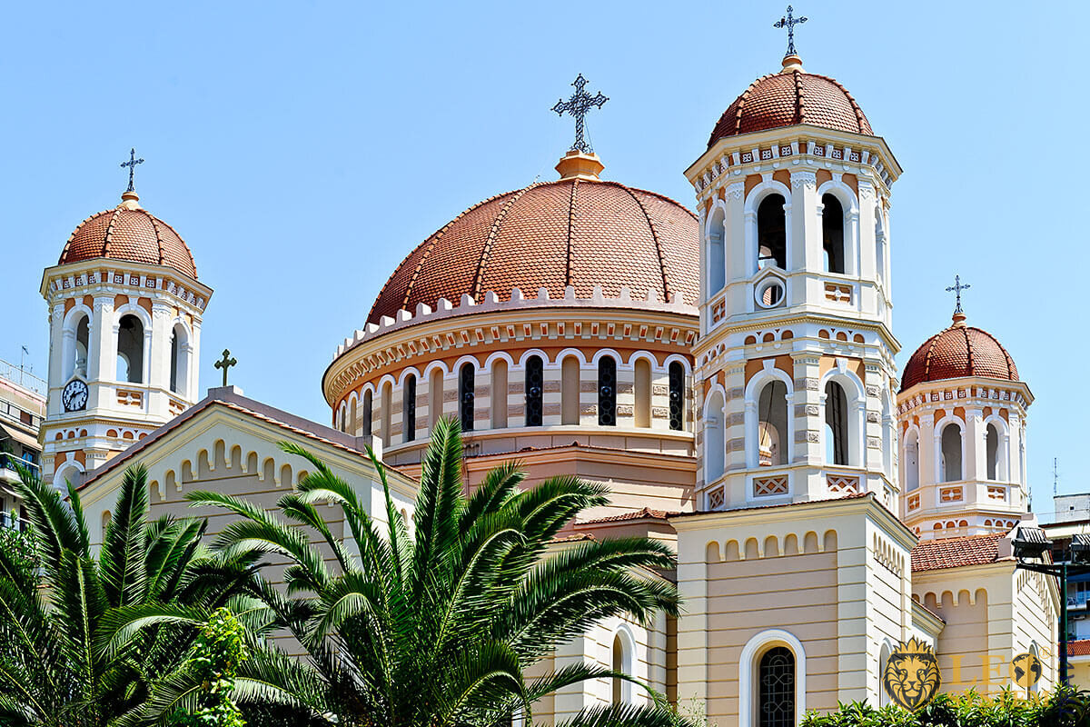 Image of church domes in the city Thessaloniki