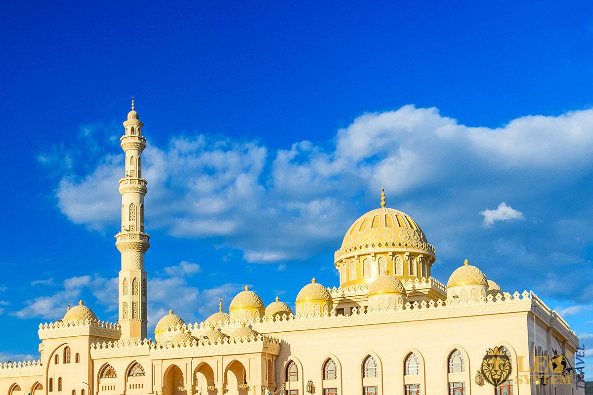 View of the Mosque El Mina Masjid, Hurghada, Egypt