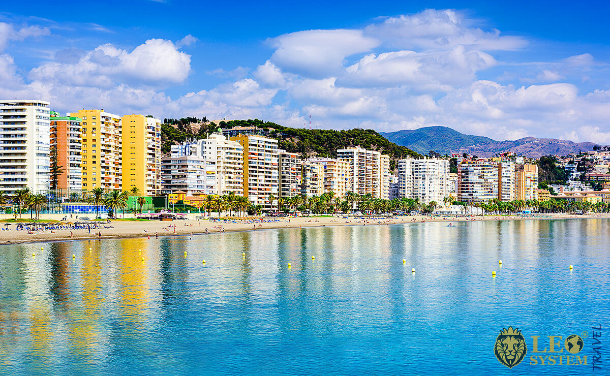 Image of the beach and coastline in Malaga, Spain