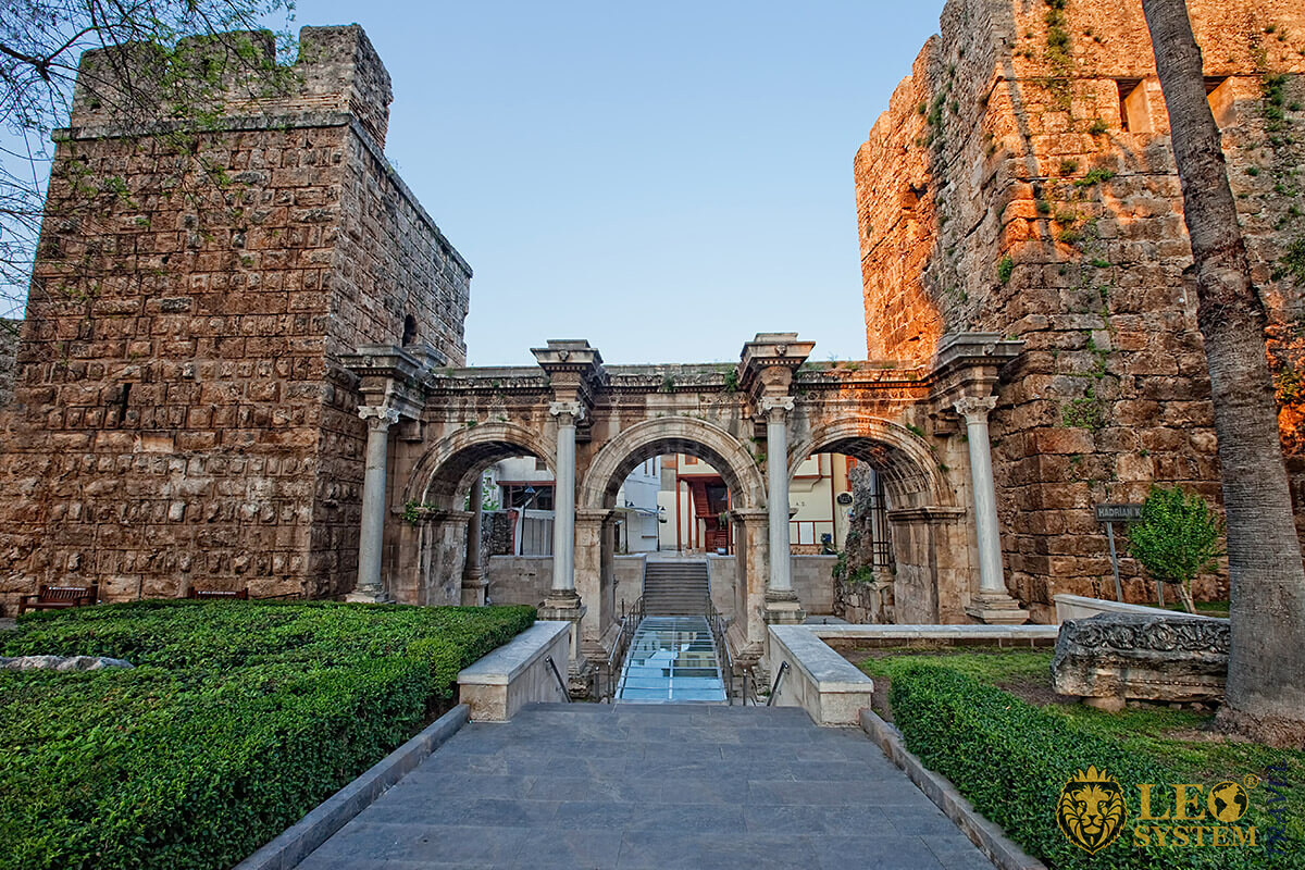 Image of the popular landmark Hadrian Gate, Antalya, Turkey