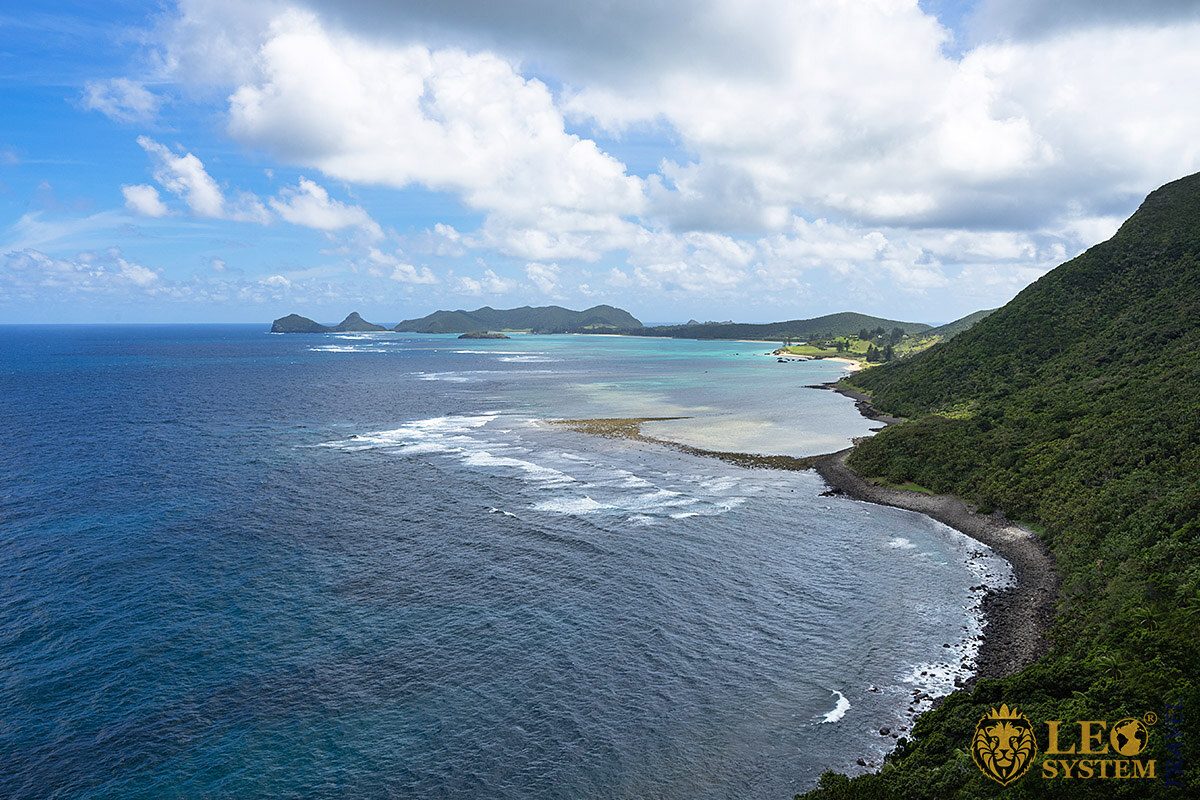 Image of the coastline at Lord Howe Island, Australia