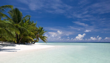 Travel to the Island of Kuramathi, Maldives