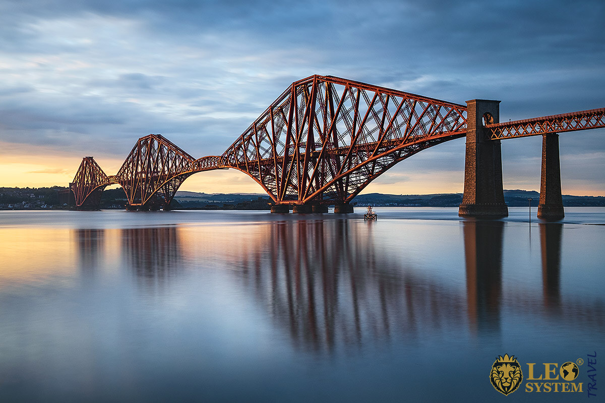 Image of the Forth Bridge, Scotland