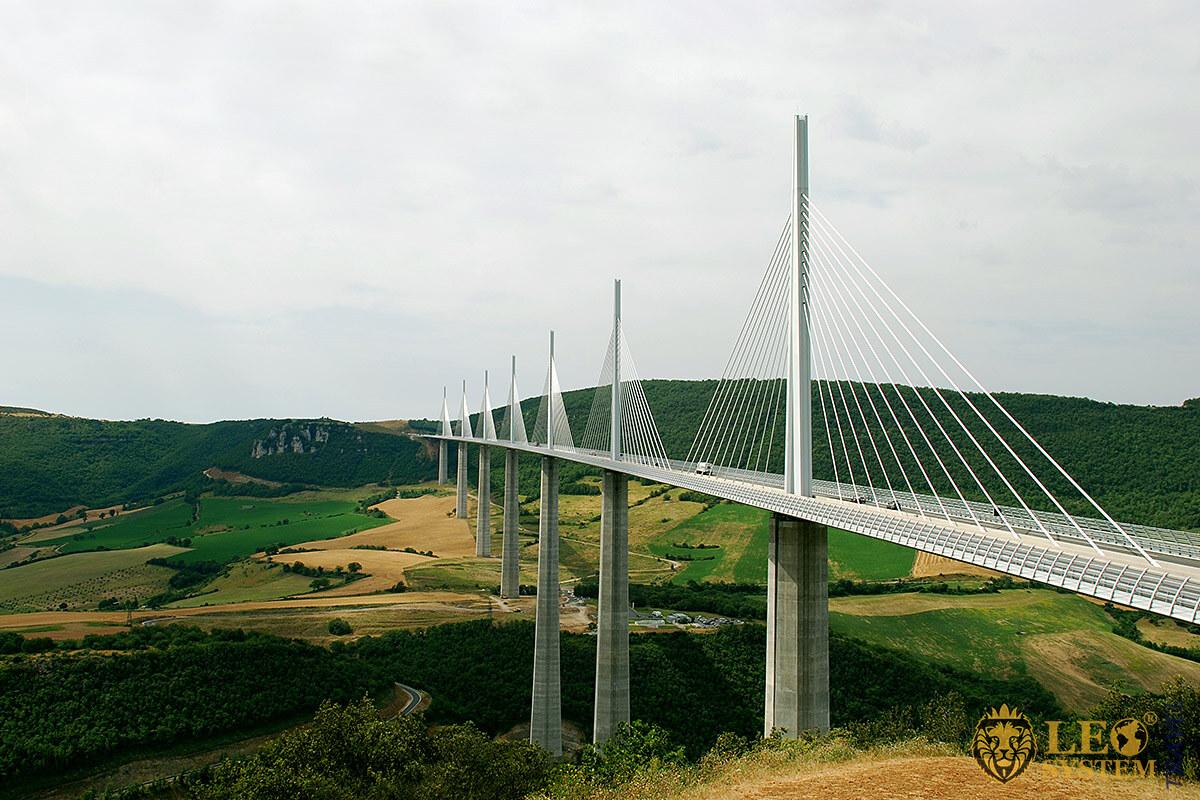 Image of the Millau Viaduct Bridge, France