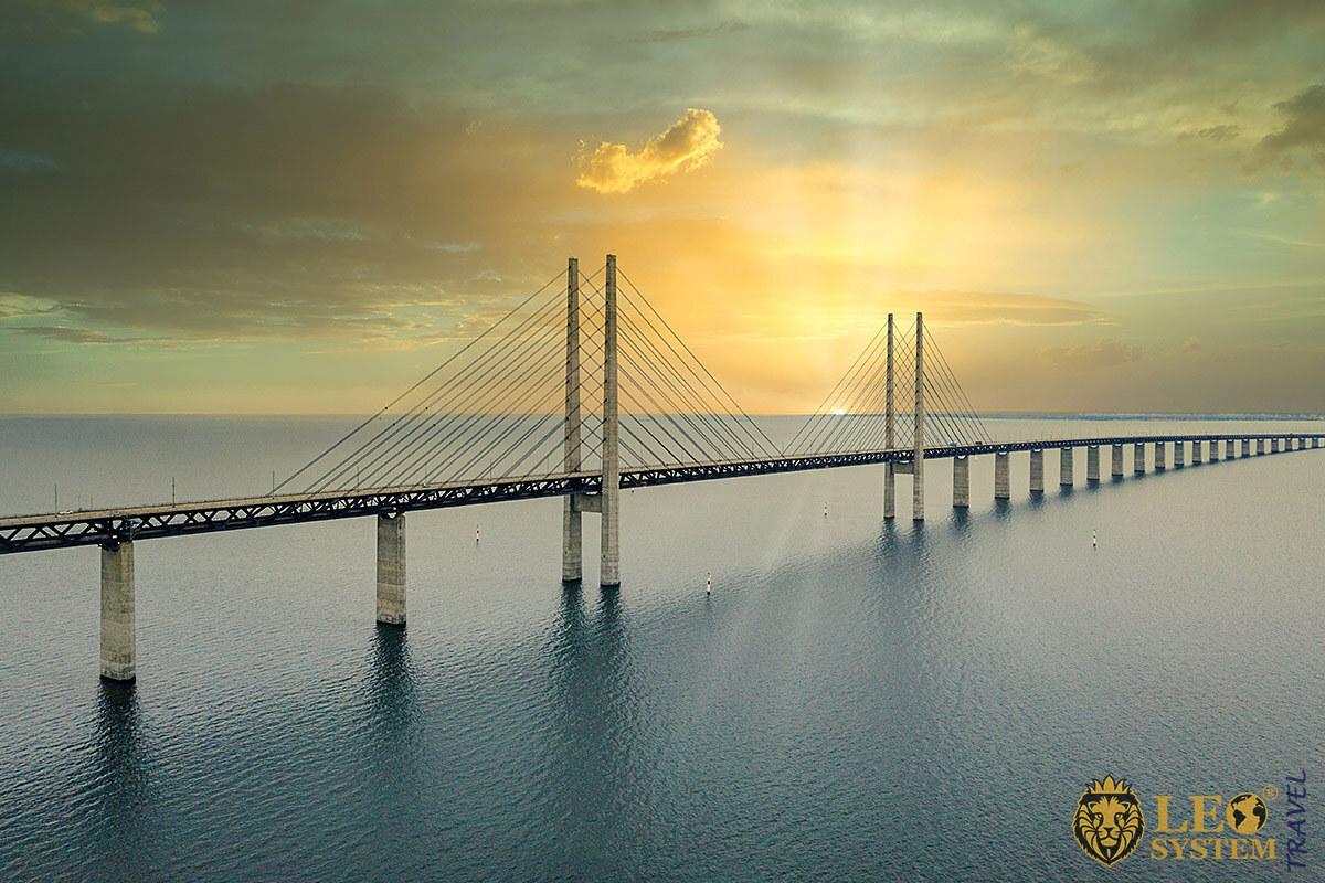 Image of the Oresund Bridge, Sweden and Denmark