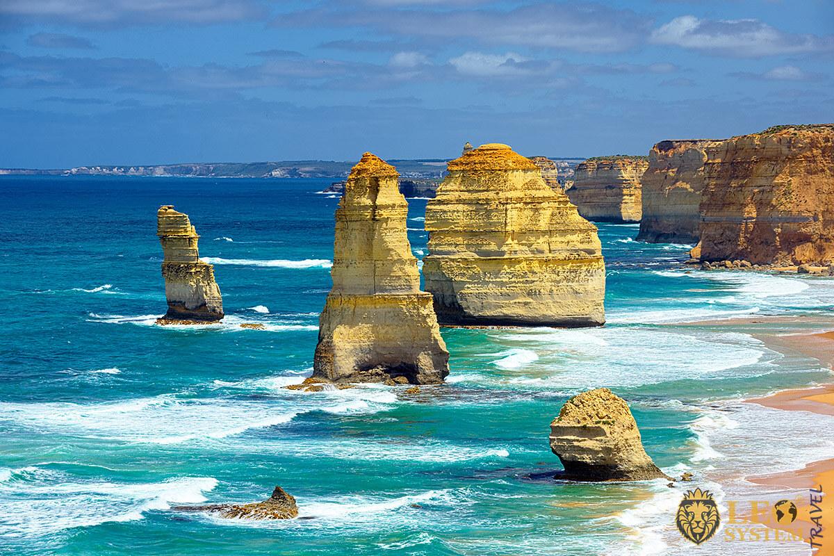 Image of natural landmark The Twelve Apostles, Australia
