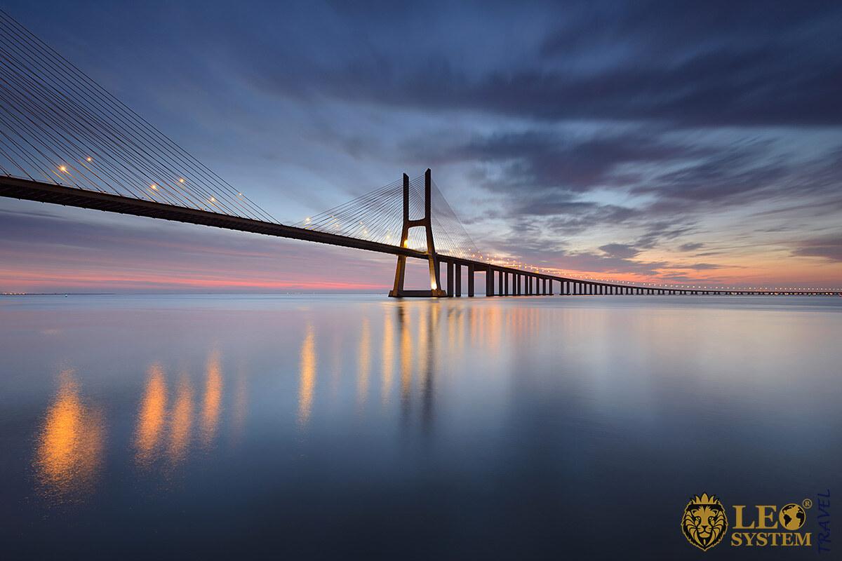 Image of the Vasco da Gama Bridge, Portugal