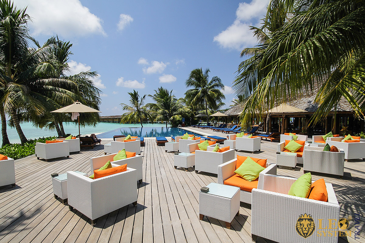 View of the pool and recreation area for tourists, Vilamendhoo Island, Maldives