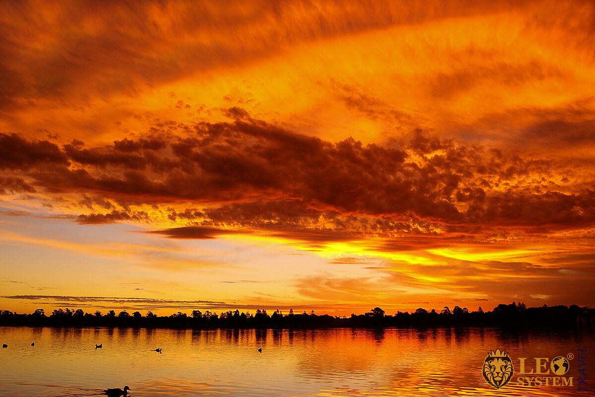 Stunning sunset over lake in Ballarat, state of Victoria